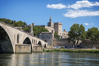 A City Guide to Avignon, France