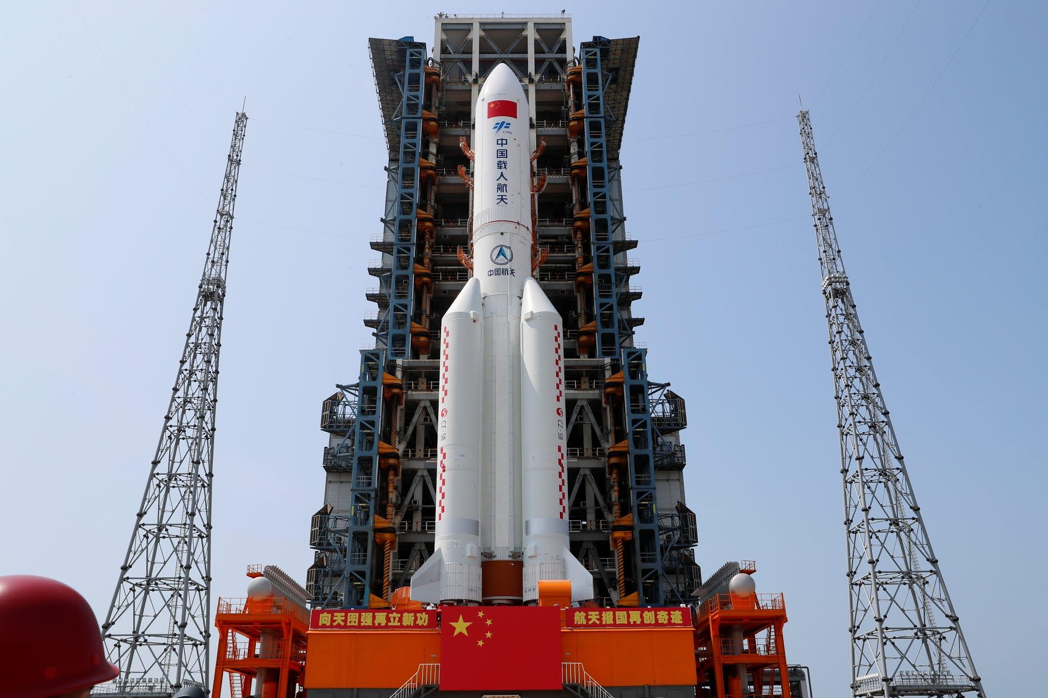 EN VIVO: El cohete chino fuera de control se aproxima a la Tierra, ¿Dónde caerá?