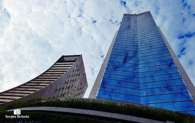 Fotocomposição com o Edifícios Torre Paulista e o Edifício Comendador Yerchanik Kissajikian - Bela Vista - São Paulo