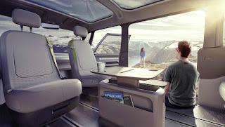 Volkswagen va produire la version électrique du mythique Combi  dans Concept Cars