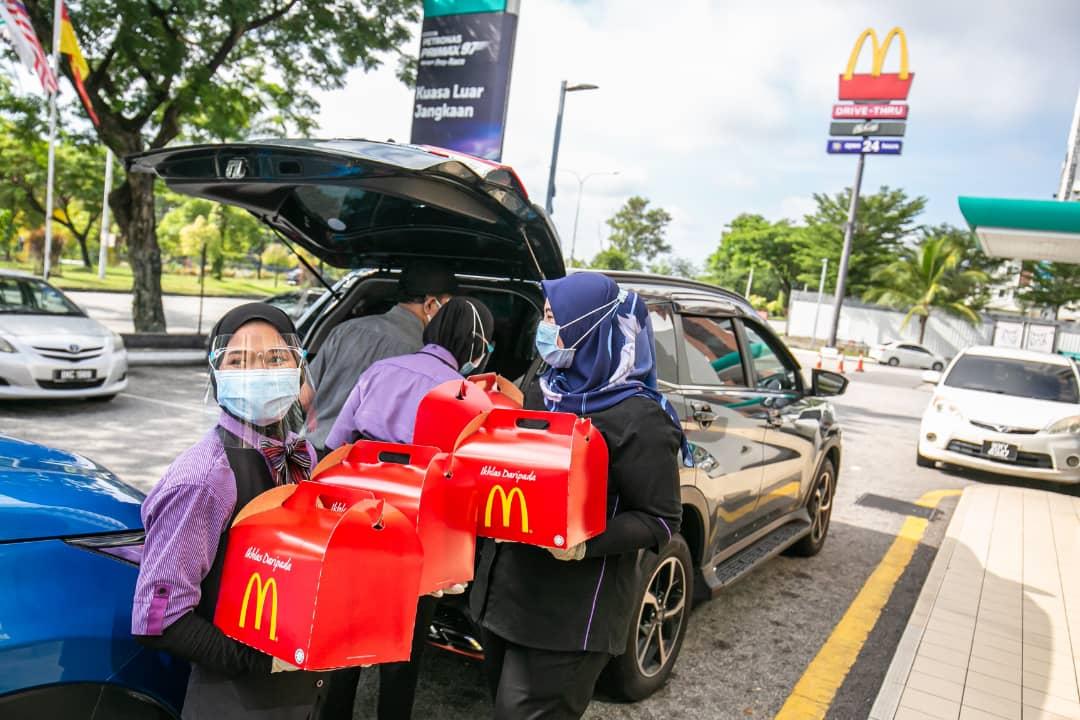 McDonald's Malaysia Taja Makanan Untuk Hospital Sungai Buloh