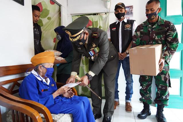 Kado Indah Danrem 071/Wijayakusuma di Hari Pahlawan Buat Veteran Banyumas