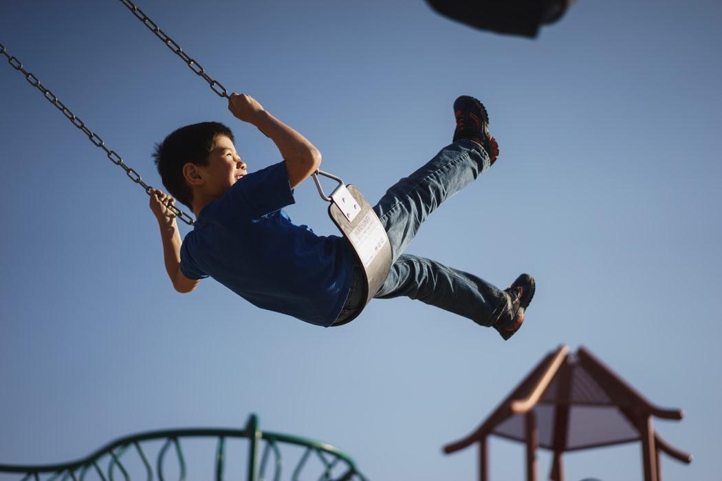 Ubezpieczenie dziecka - jakie wybrać i na co zwracać uwagę?