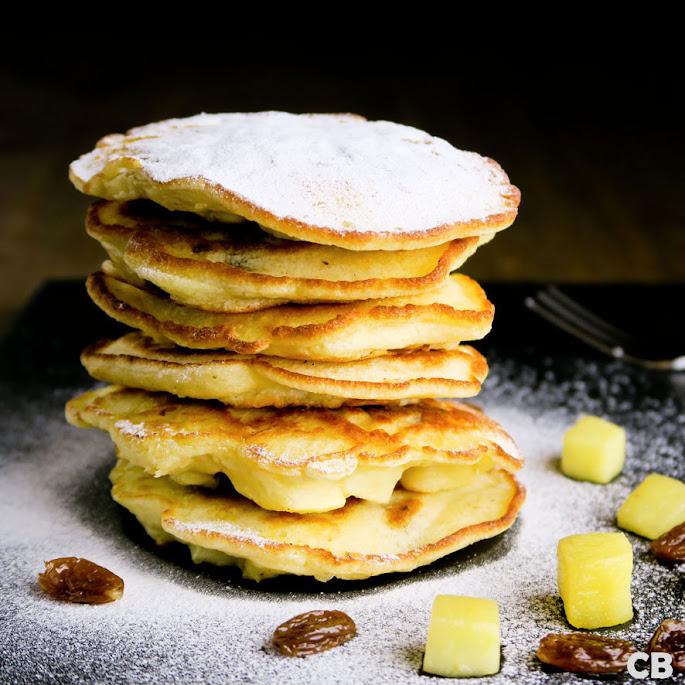 Recept Pannenkoekjes met appel en rum-rozijnen