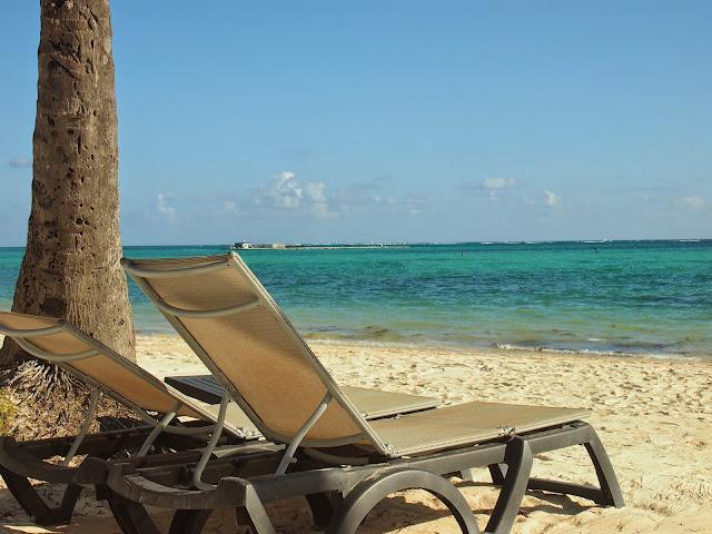 Punta Cana(プンタカナ)の青空と海