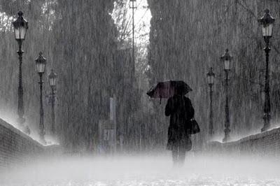 Pantun Hujan Turun Deras