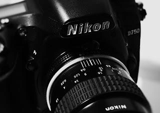ニコン D750