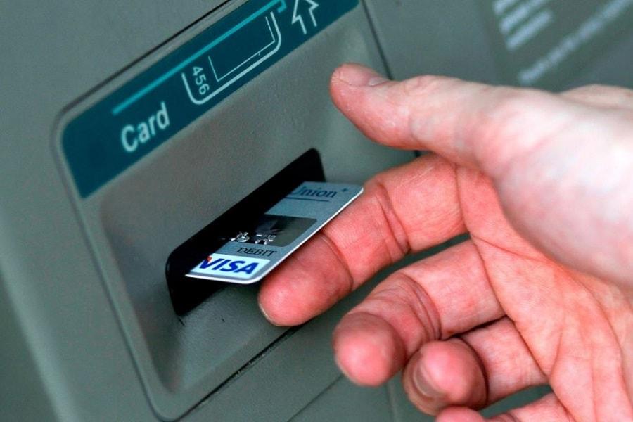 Batas waktu penukaran kartu debet ATM lama