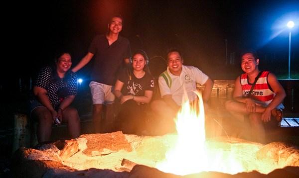 bonfire, Mountain Lake Restort, Caliraya Springs, Laguna