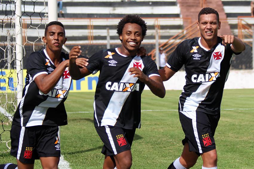 Vasco foi perfeito nas cobranças de pênalti e avançou para a terceira fase (Foto: Carlos Gregório Jr/Vasco.com.br)