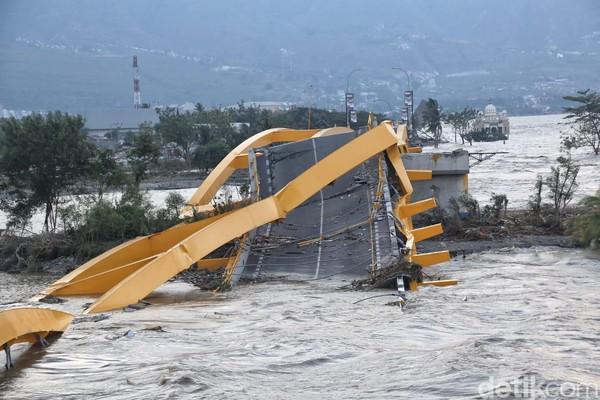 Foto Jemabatan Kuning dari Dekat-Hancur Diterjang Gempa Tsunami di Palu Sulawesi Tengah