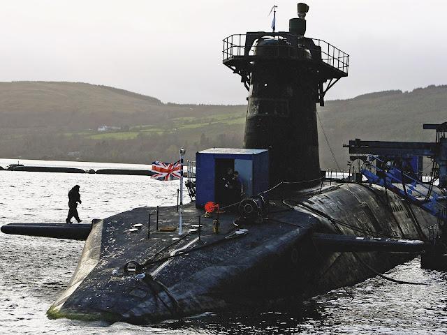 Trident: Armas nucleares britânicas são vulneráveis a hackers, diz relatório