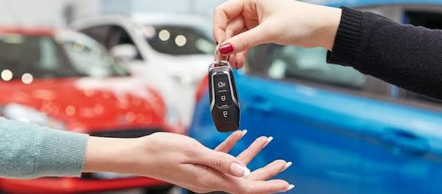 Mengetahui Keuntungan Beli Mobil Secara Online dan Kredit