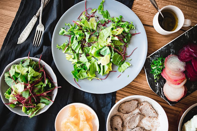 healthy eating food with salad