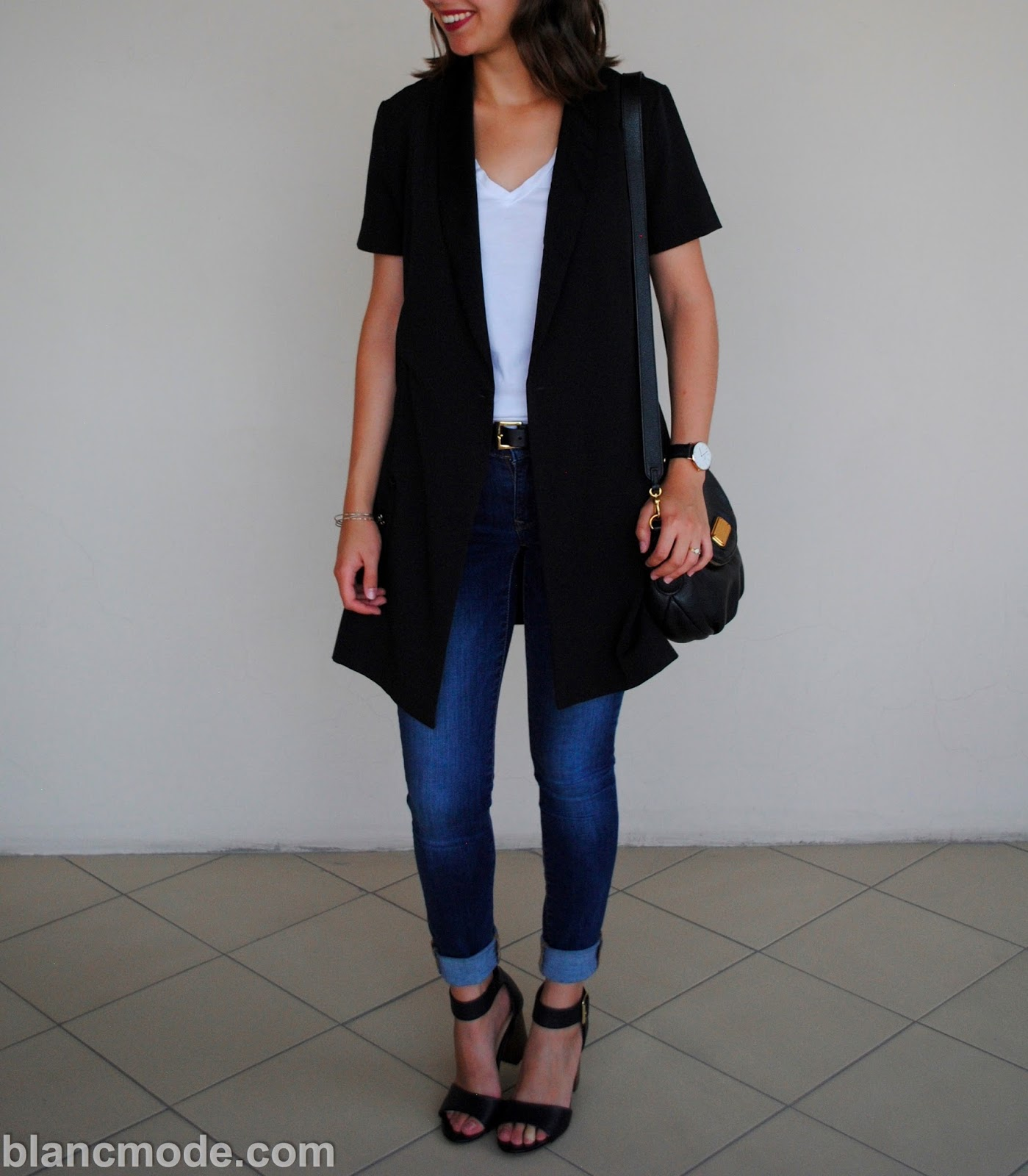 minimal fashion outfit in armenia
