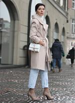 jeansy momsy stylizacje jesień