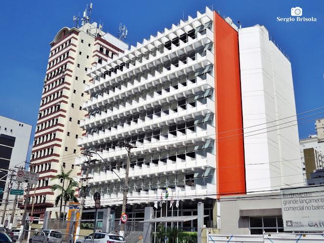 Vista ampla do edifício do Senac Francisco Matarazzo - Barra Funda - São Paulo