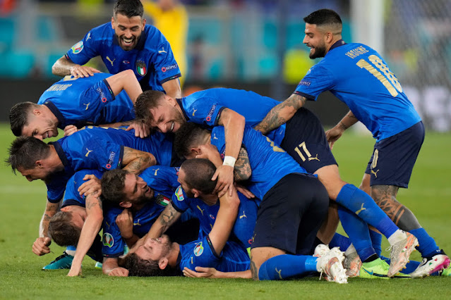 Italy Qualify for Round of 16, Wales Keep Hope