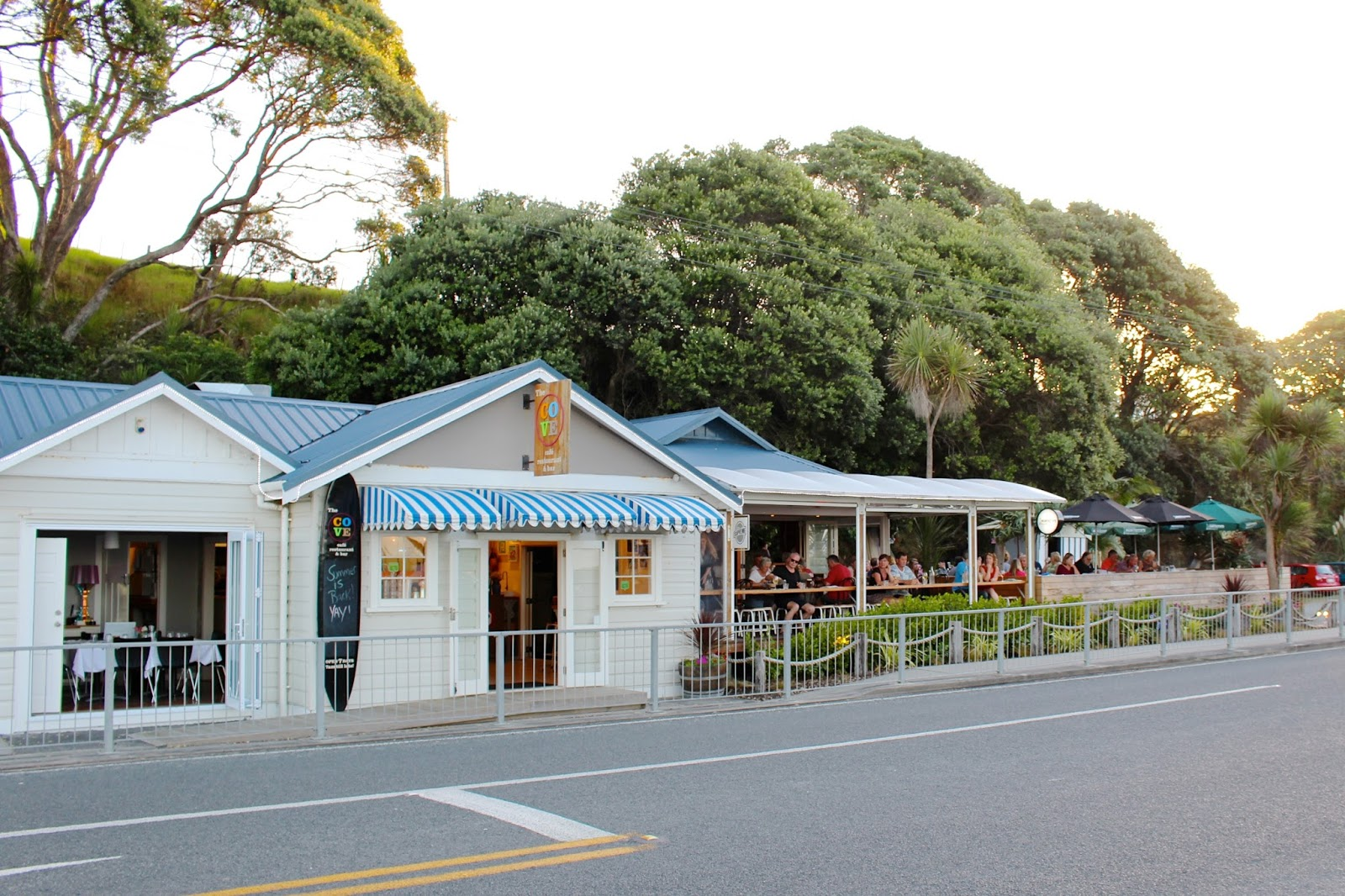 Cove Beach Café fish & chips | New Zealand