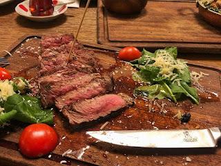 nusret steakhouse kapalıçarşı şubesi
