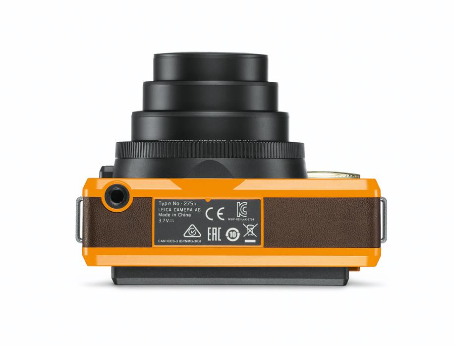 Leica Sofort, вид снизу