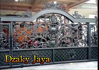 foto Pagar Besi Tempa Jakarta