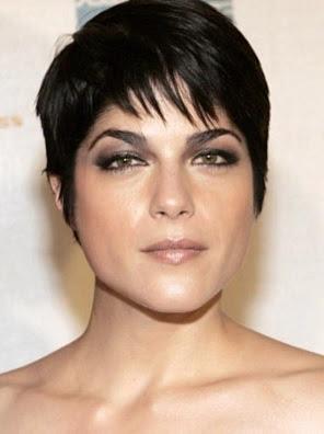 model rambut pendek wanita tahun 2004