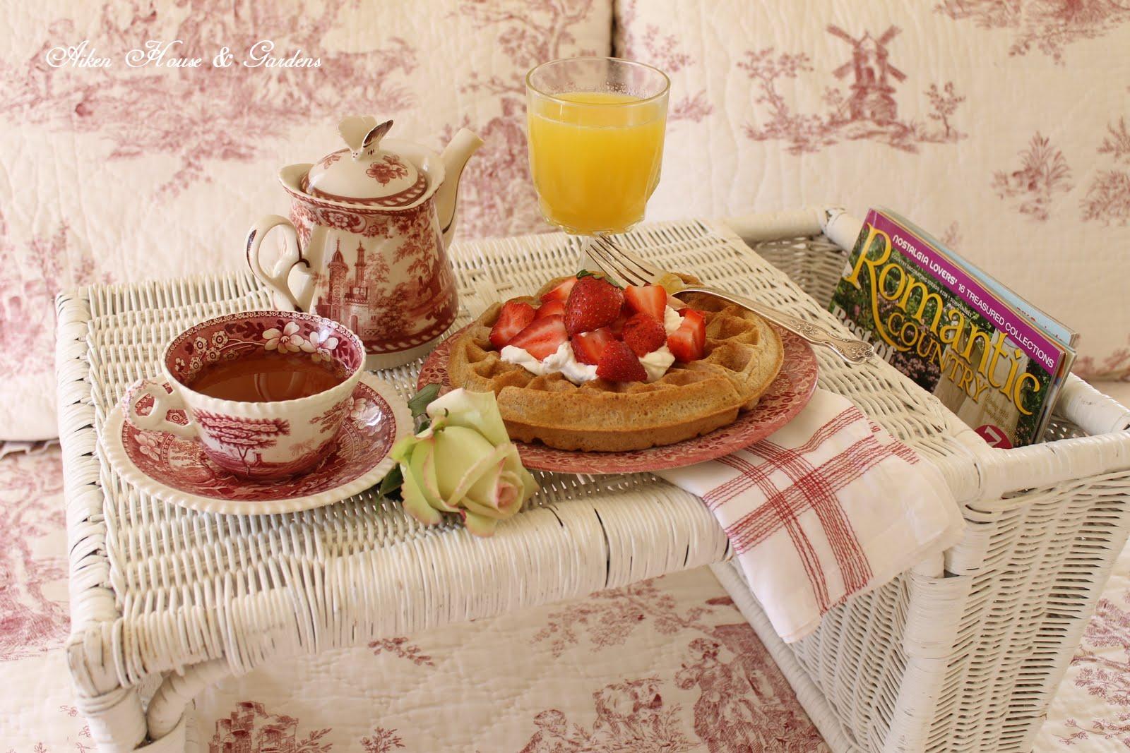 A Local Look @ Sunday Morning Breakfast | Digital Editions |Sunday Morning Breakfast