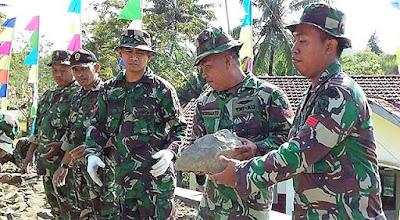 """""""Banjar Dowo"""", Tebukti Ampuh Untuk Sukseskan Pekerjaan Jalan TMMD"""