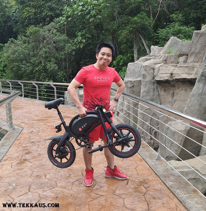 DYU D3+ Foldable Electric Bike Light and Easy To Carry
