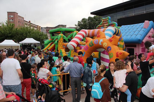 Hinchables en la sanjuanada organizada por el Ayuntamiento en 2016