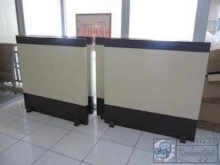 Sekat Partisi Interior Kantor Modern Minimalis