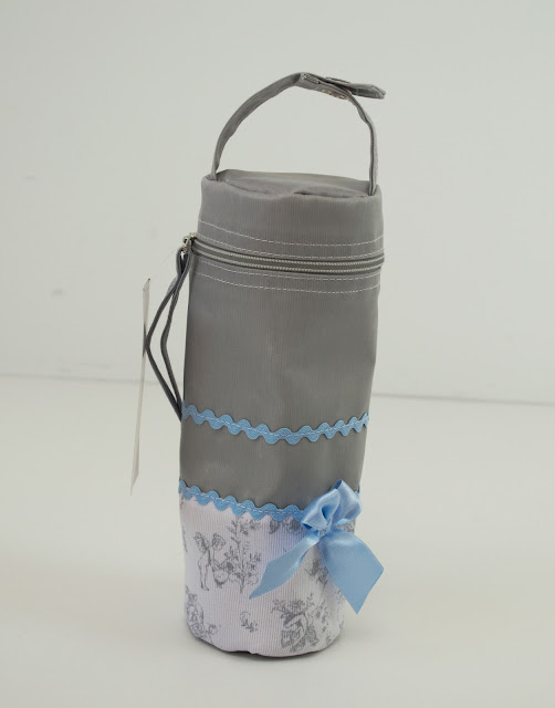 grey blue bib