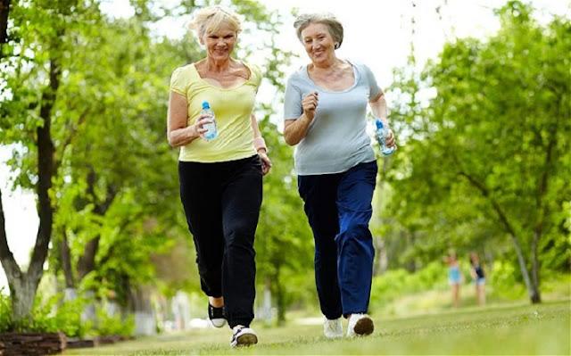 Menjadi Lansia yang Sehat dan Tetap Aktif