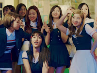 Beware Shock, Twice Changed So Alien Gara-Gara Signal Love Not Up in MV 'Signal'