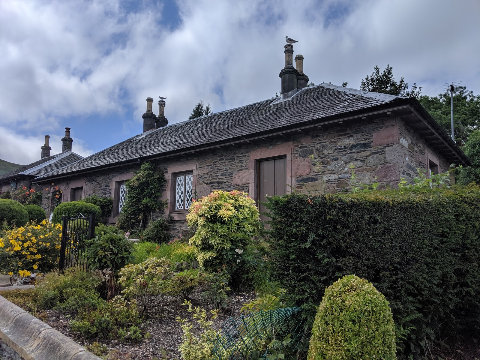 A Short Break at Cameron Lodges, Loch Lomond - Luss - pretty cottages