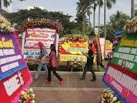 Fadli Zon Terusik Karangan Bunga Ahok Bertuliskan Bukan Teman 'FZ'
