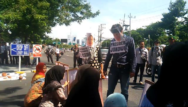 Jokowi dan Risma Hadir, Demo Sengketa Lahan Grand City Surabaya