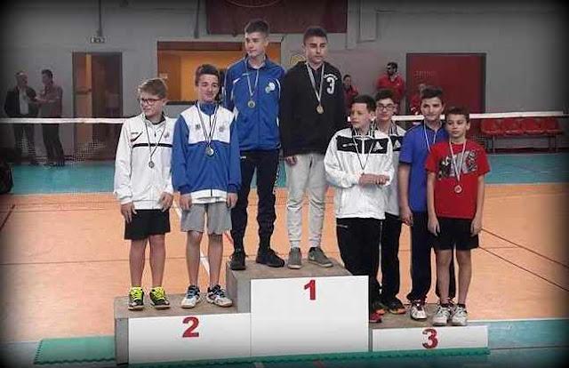 Αριστα αποτελέσματα έφεραν στην πόλη της Θήβας οι αθλητες και αθλήτριες του  ΦΕΟΘήβας από το Πανελλήνιο Πρωτάθλημα Badminton στην Πάτρα . 455e1b1d2ff