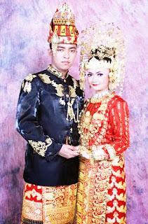 Keunikan-Pakaian-Adat-Ulee-balang-Provinsi-Nanggroe-Aceh-Darusalam