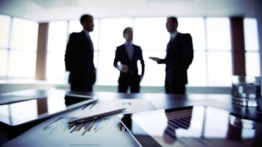 tips cara negosiasi bisnis trik strategi komunikasi sukses efektif berhasil presentasi menarik persiapan