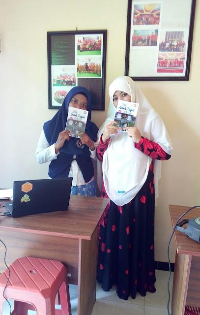 """Aliya Nurlela Rilis Novel Remaja Terbaru """"Ketua Gank Tupai Putih Abu"""""""