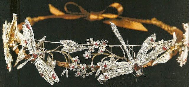 ruby dragonfly tiara princess camilla bourbon two sicilies duchess castro crociani