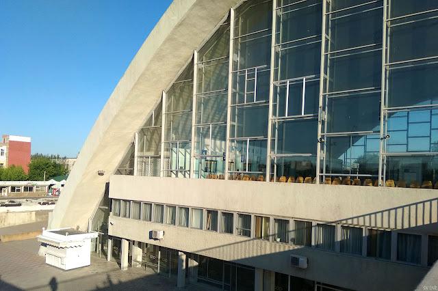 ЖД вокзал Луганск