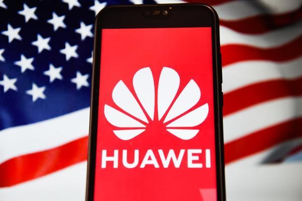 تقارير: العقوبات الأمريكية قد تجبر هواوي على وقف صناعة الهواتف