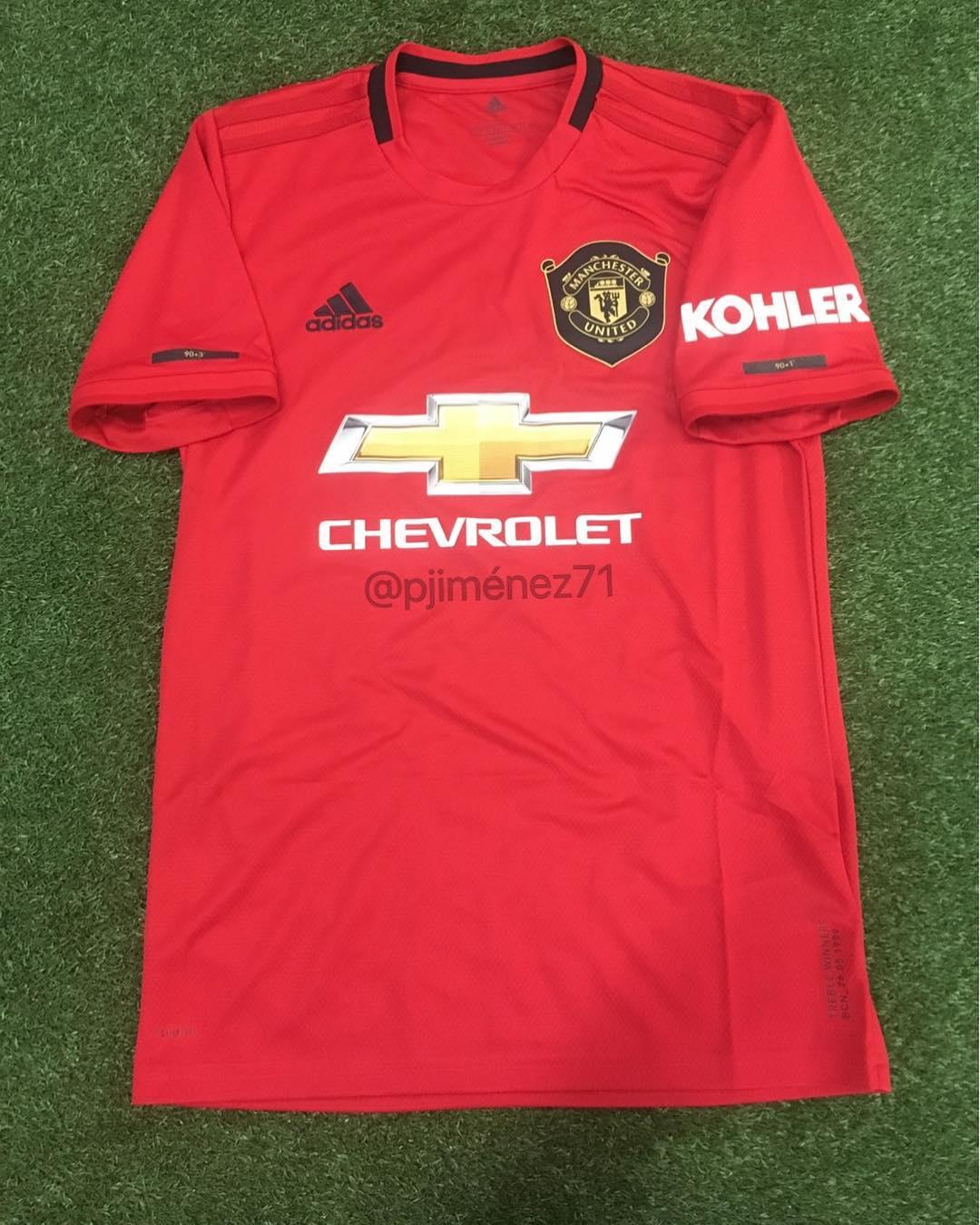 5e9fd1c24 Manchester United Kits 2018 2019
