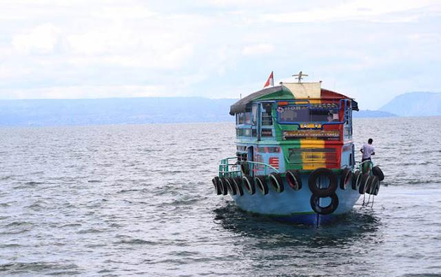 Danau Toba Terbesar di Asia Tenggara dan Dikelilingi 7 Kabupaten