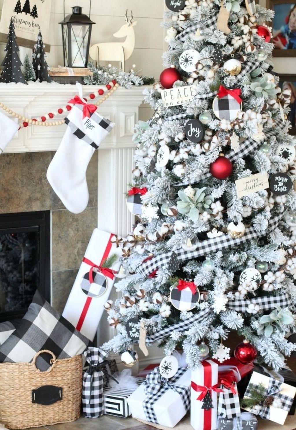 Black And White Buffalo Plaid Farmhouse Christmas Tree