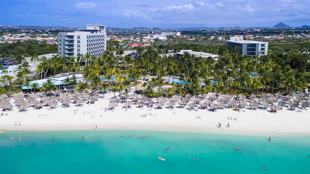 Discover Hilton Aruba Caribbean Resort & Casino. Enjoy a luxurious beachfront spa, pools, fine dining and watersports. Perfect for weddings and vacations.