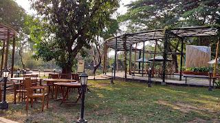 Cafe Manohara